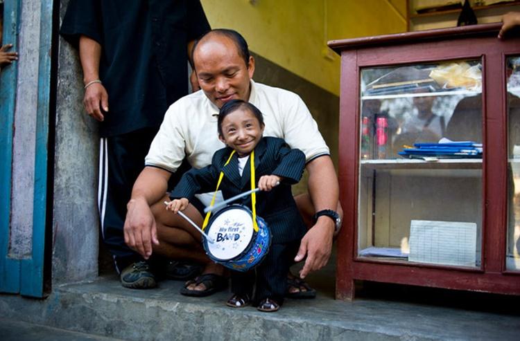 World's Shortest Man Khagendra Thapa Magar 1