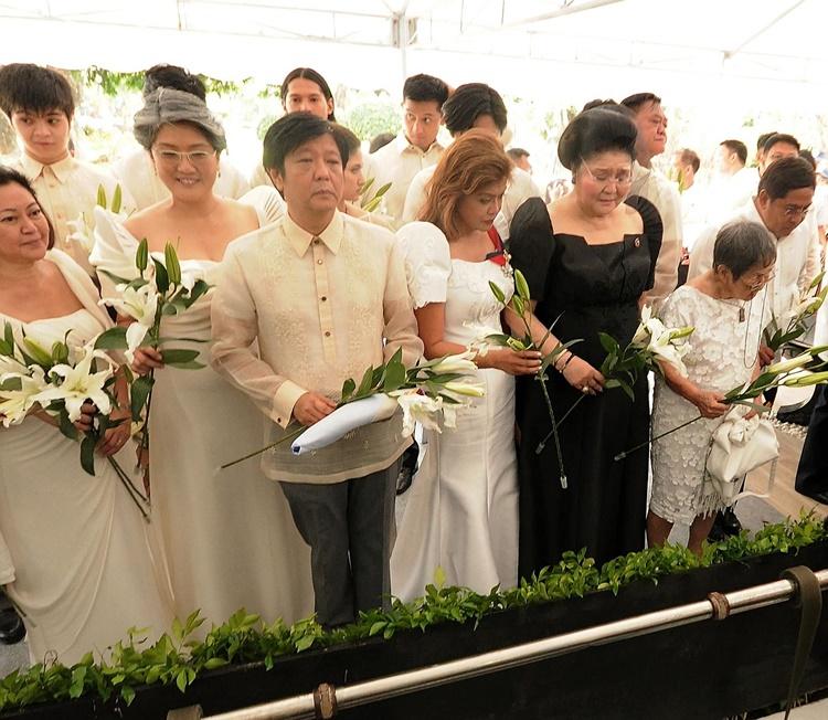 Ferdinand Marcos burial