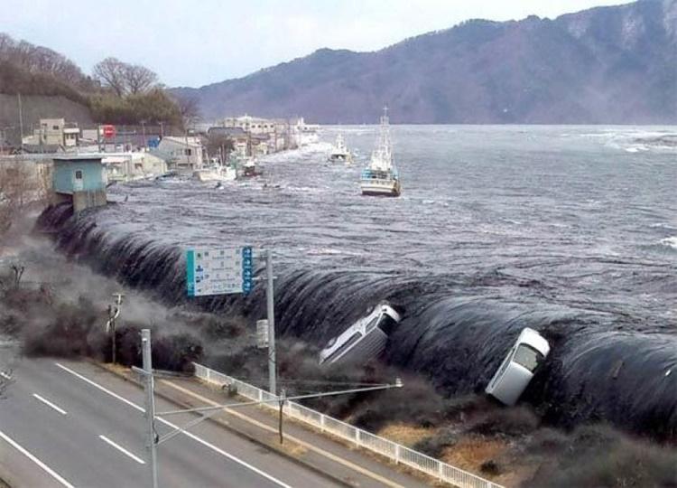 Worst Tsunami Indonesia