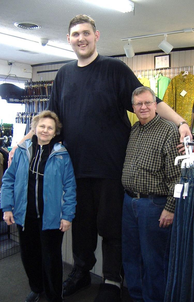 Tallest Man in America Igor Vovkovinskiy